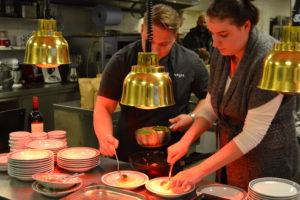 Unsere Küchenprofis geben Einblick in ihr Handwerk.